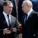 PM rusia mundir
