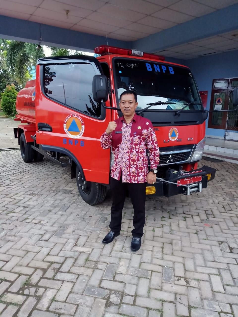 Kepala BPBD dan Kesbangpol Drs Alpian Saleh MM
