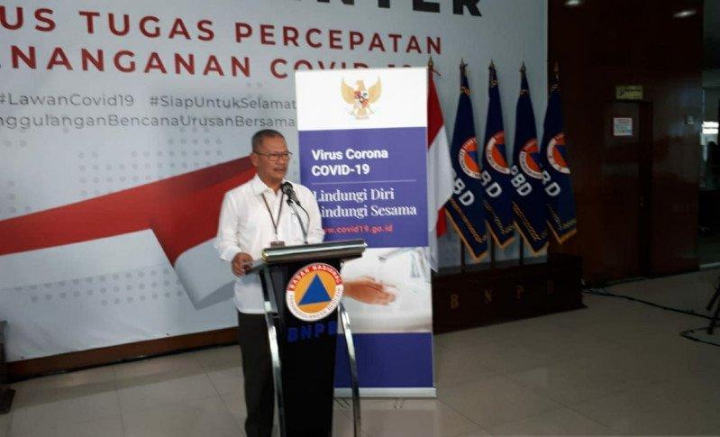 Juru Bicara Pemerintah Untuk Penanganan COVID-19, Achmad Yurianto pada konferensi pers di Graha BNPB di Jakarta, Kamis (26/3/2020). (ANTAR/Anom Prihantoro)